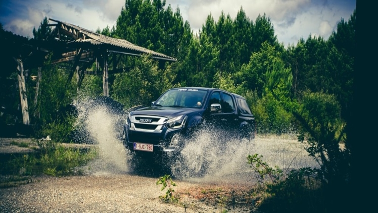 ISUZU D-MAX: A Pickup Truck with Imposing Road Presence